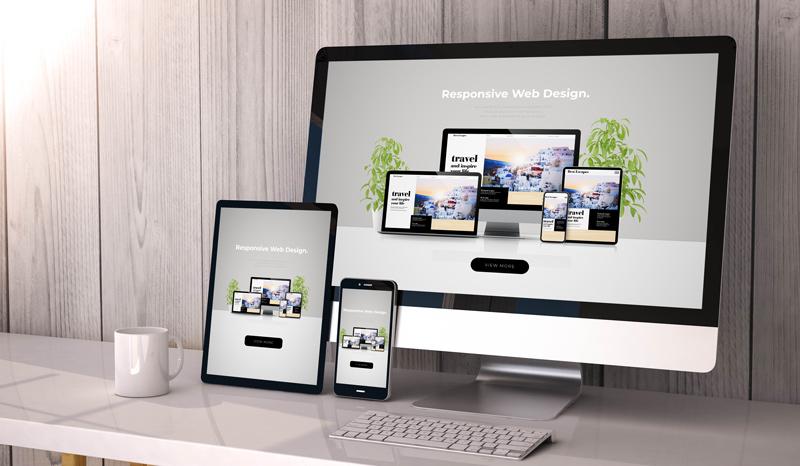 Webseiten werden verschieden und passend für PC Mac, Ibook Laptop und Handy angezeigt.